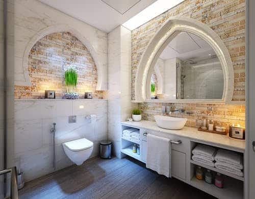 Luxurious Home with Beautiful Bathroom Ideas